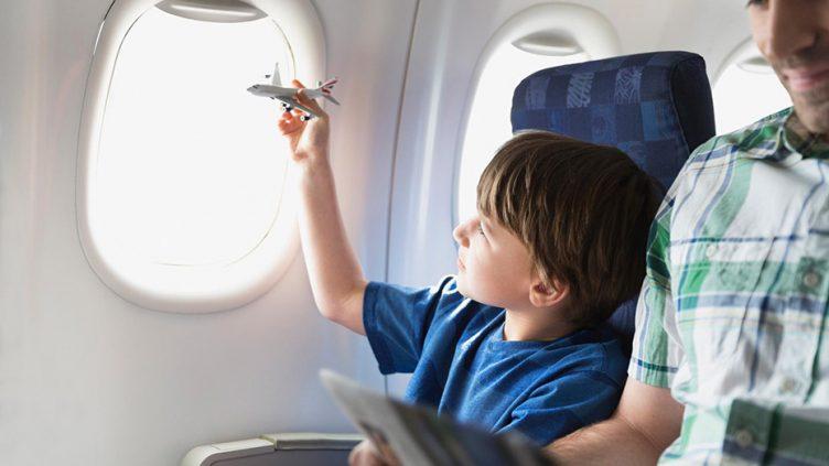 Что нужно знать о выезде за границу с несовершеннолетними?